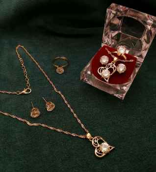 CHAIN PENDENT BUTI RING COMBO BEAUTIFUL PENDENT